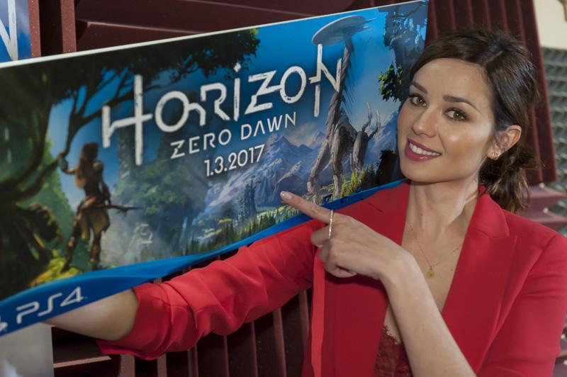 La actriz Dafne Fernández se une al elenco de doblaje de HORIZON: ZERO DAWN